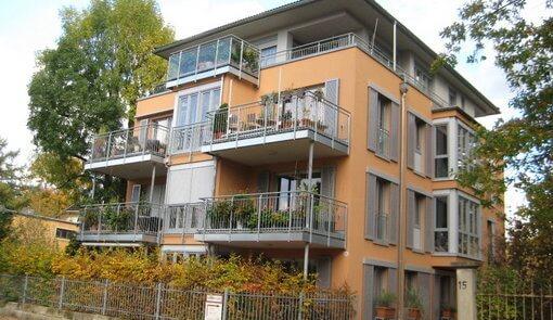 Balkon- und Attikageländer