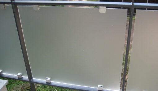 Balkongeländer mit Acrylglas